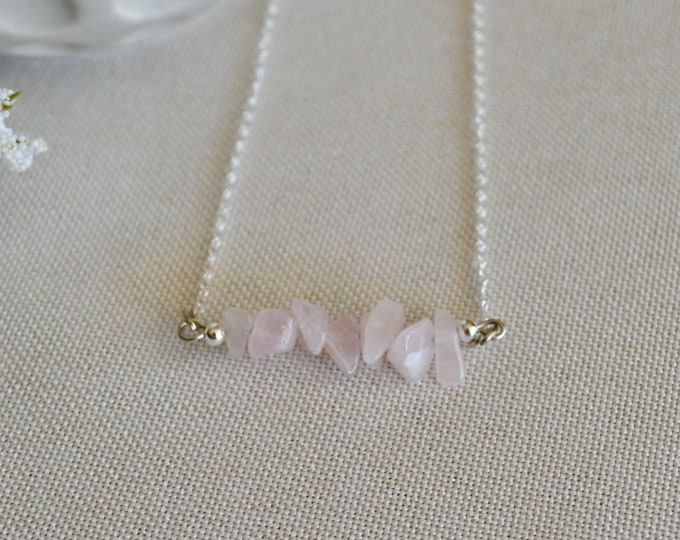 Love attracting, rose quartz choker, romantic gift, small crystal, crystal choker, silver choker, minimalist choker, girlfriend gift, reiki