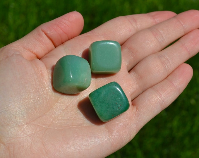 Aventurine crystal, natural tumbled stone, chakra healing crystal, tumbled aventurine, love attracting crystal, hearth chakra stone