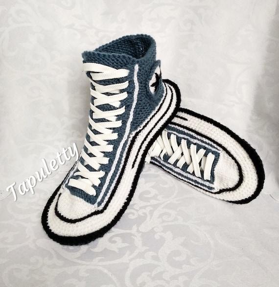 d912c59e98e647 House slippers men 45 Converse socks slippers Crochet converse