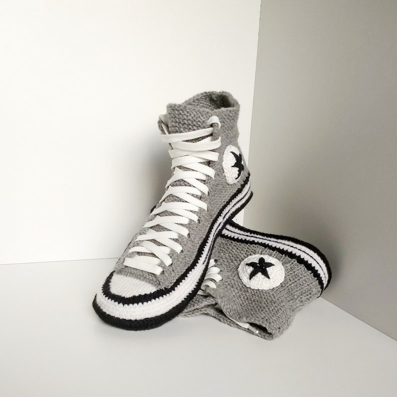 a958b18e873853 Crochet converse boots  45 Knitted converse sneakers Converse