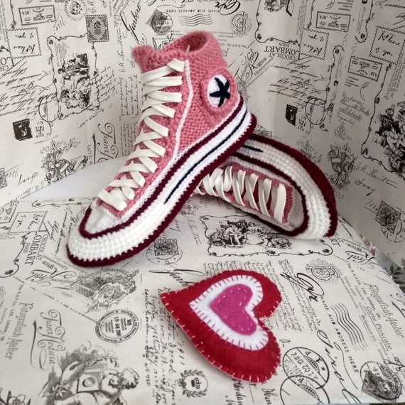 9de186a9cf5e Knitted Converse slippers Knitted house slippers women