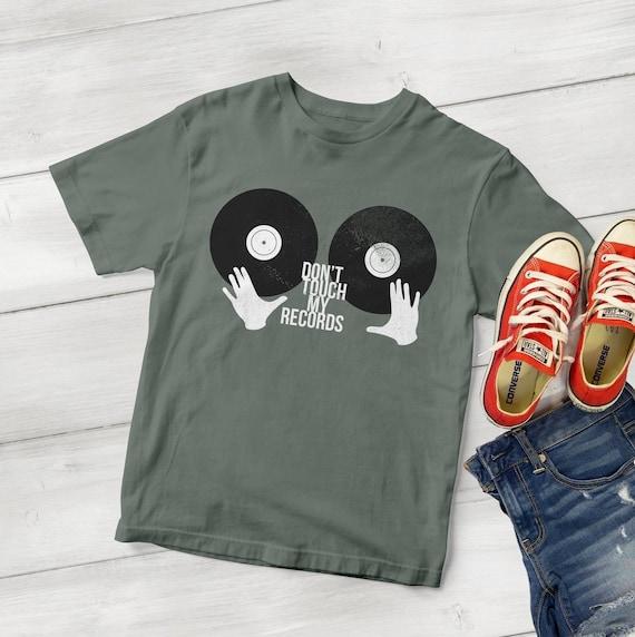 DJ Don't Touch My Records Vinyl Geek T-Shirt / Analog Vintage Records  Tshirt / 45 Records / 78 rpm Records / lp Records Vintage Vinyl Shirts