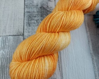 Hand dyed wool with merino and bamboo DK color 511