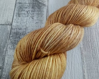 Hand dyed wool with merino and bamboo DK color 505