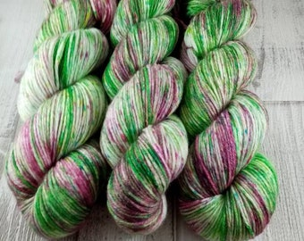 Hand dyed wool with merino and bamboo DK color 517