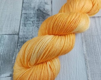 Hand dyed sock wool in 100g strand with merino wool and bamboo color 006 Orange