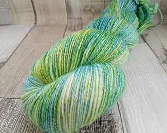 Hand dyed sock yarn with cotton color 067