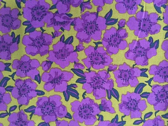 Purple FQ Fat Quarter Fabric Flowers Patterns RARE 100/% Cotton Quilting