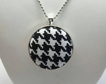 Black & White Houndstooth Fabric Button Necklace