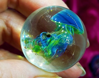 Glass Marble Jellyfish, Handmade flamework borosilicate glass, Exceptionally beautiful, another best and has free postage!