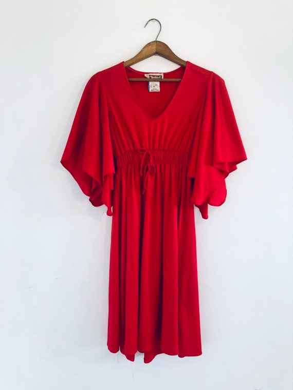 vintage 70s bell-sleeved dress