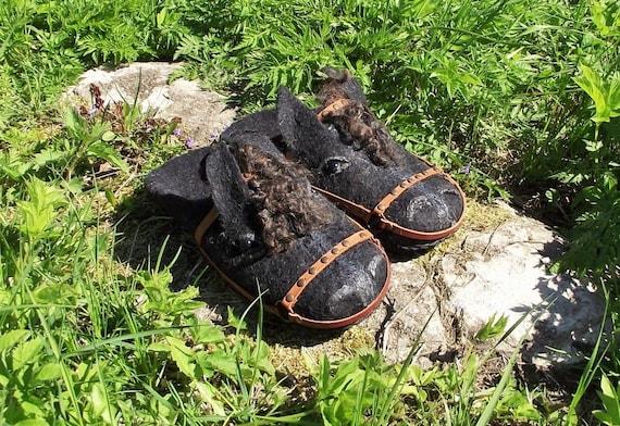 86c754d209bb Women s-Men s.A gift .Felted slippers-woolen
