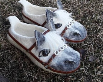 Women's.A gift for the wife.Wool felted slippers horses with leather soles,husband, girlfriend, children.
