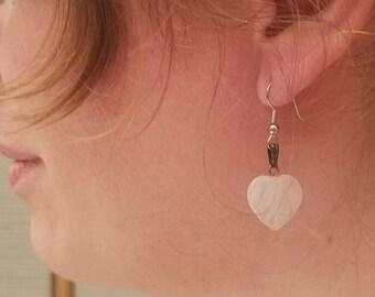 Heart-shaped moonstone dangle earrings