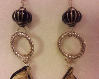 Debb-Bee's #158. Long leaf drop earrings