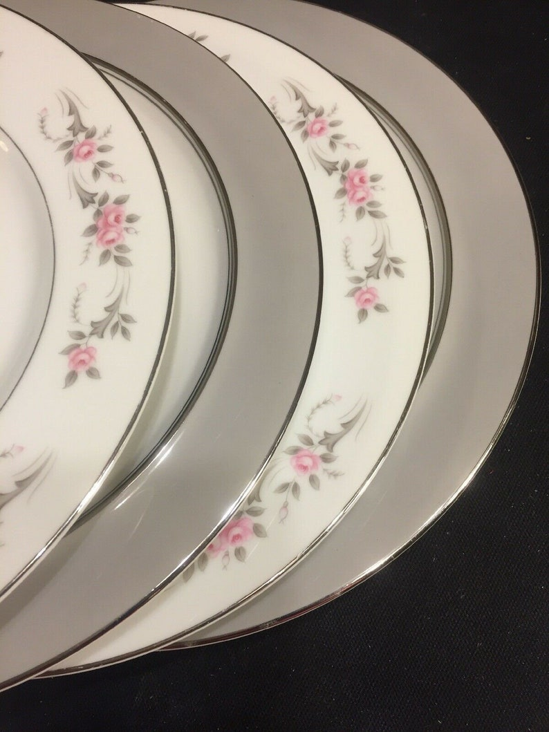 4 Mismatched China Dinner Plates Pink Roses Gray Stunning Pairing #206