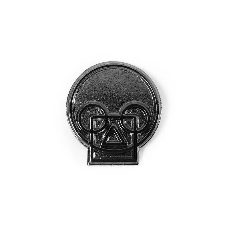 Geometric Skull Black Nickel Pin image 0