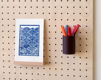 Floating Pen Pot for Pegboard - Office Storage - Home Office - Home Decoration - Pegboard Accessories