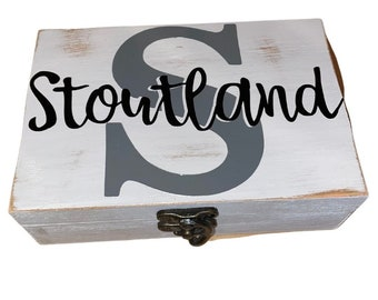 Personalized Wooden Memory Box, Hand Painted Name Box, Jewelry Box, Wedding Gift, Wedding Favors, Bridal Gift