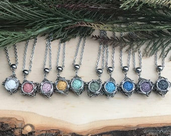 Woman/'s Necklace Volcanic Rock Dragon Wrap Pendant Men/'s Necklace Lava Rock Gemstone Pendant Necklace Stainless Steel Dragon Wrap Detail