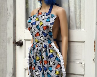 Dalek Retro Ruffle Dinner Party Hostess Licensed Doctor Who Fabric S-L Ready to ship