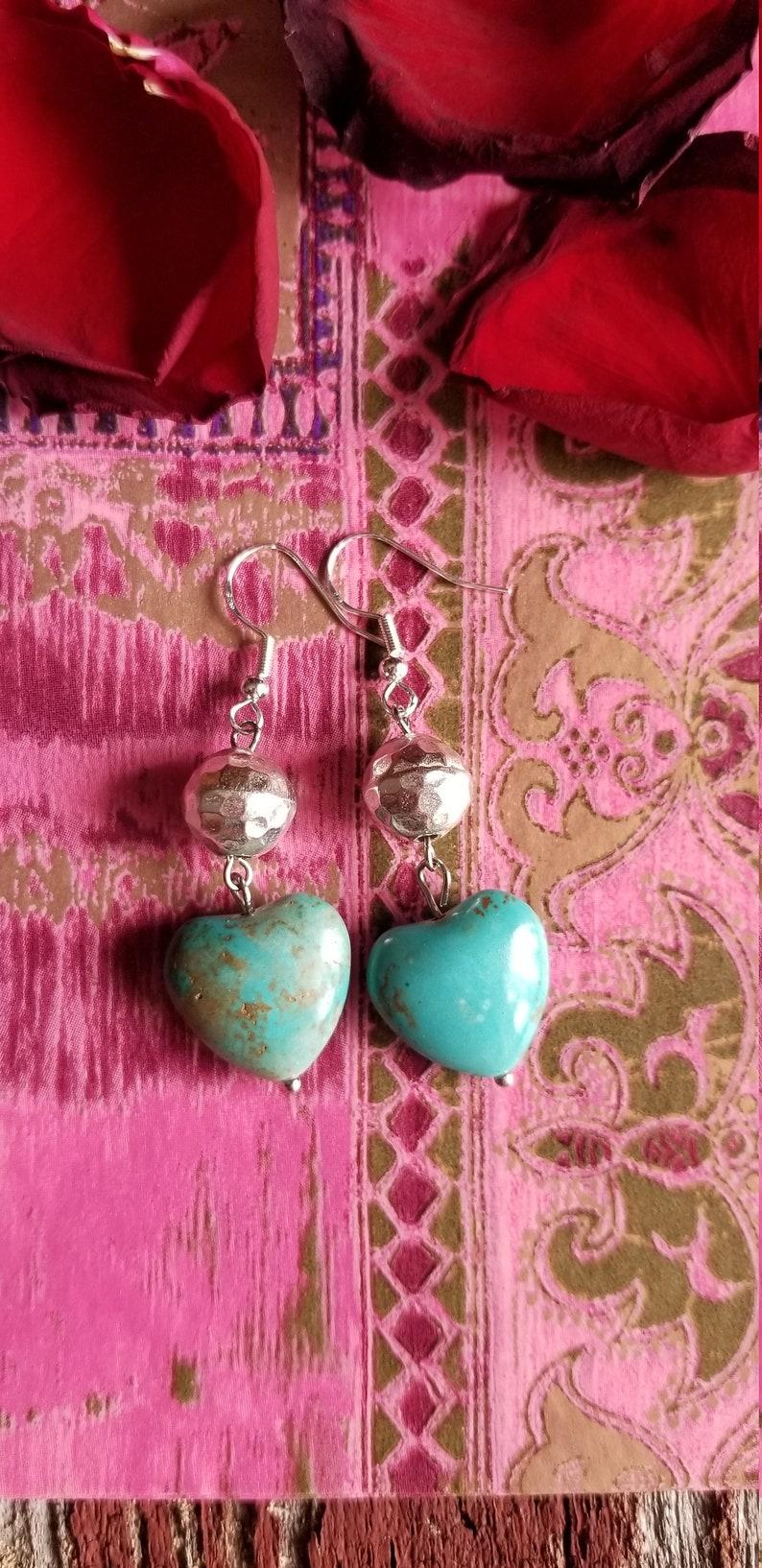 Southwestern Earrings Sterling Silver Earrings Women/'s Jewelry Gift Women/'s Earrings Turquoise Earrings Heart Earrings Valentine/'s day