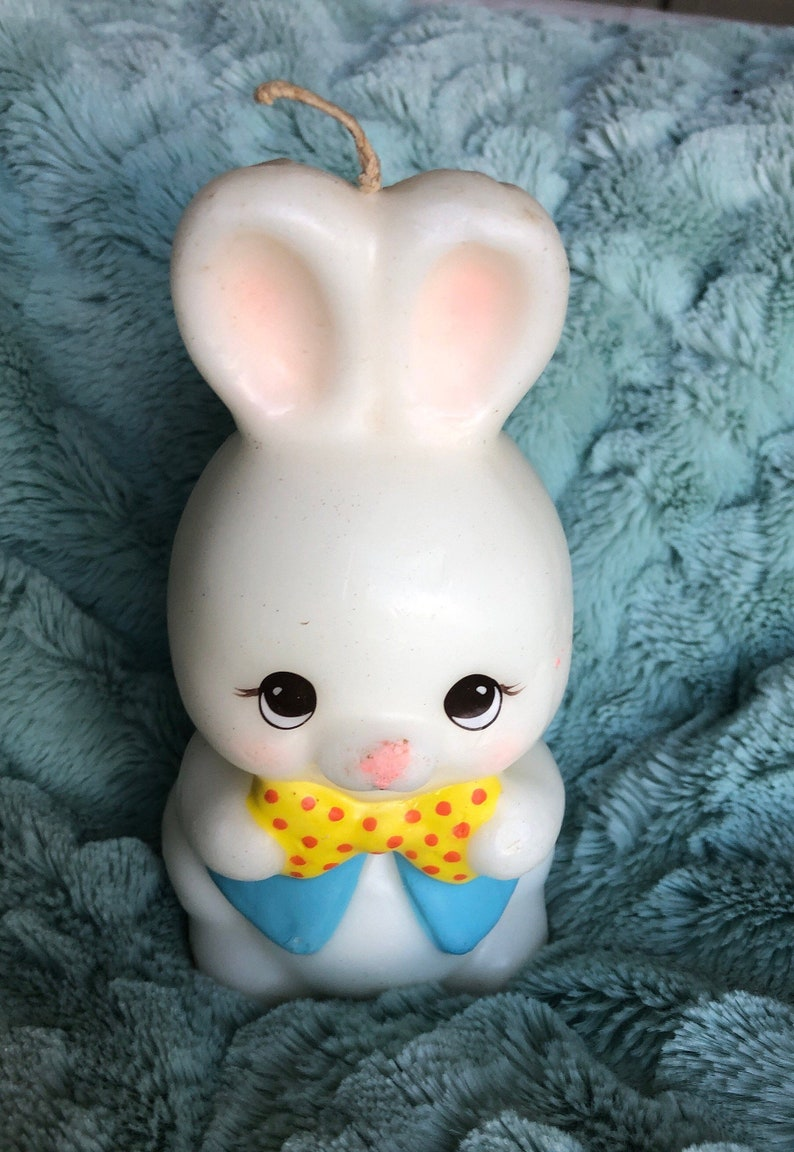 Vintage  Enesco Easter Bunny Candle Unused  5 34\u201d Bow Tie