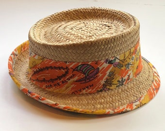 eedf11d5aaf3e7 Vintage straw novelty 1960s beach hat, straw fedora Hawaiian vacation,  summer hat, small brim