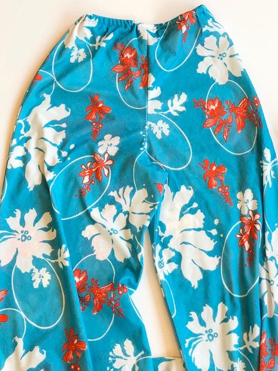 Vintage 1970s blue floral ladies three piece pant… - image 10