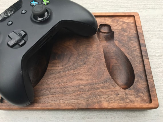Xbox One Controller Holder (Holds 1 Controller)