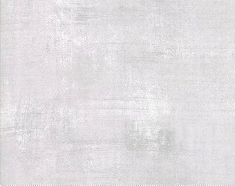 MODA BELLA SOLIDS Patchwork//Craft Fabric Jet Black  No 9900-96 Half Metres
