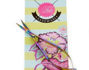 TULA PINK Hardware Curved 5 Inch EZ Snips Scissors with a Shiny Rainbow Blued Finish TUPTP738CPT