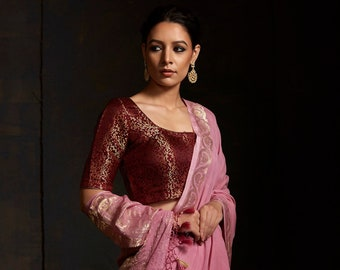 4e84fdea15 Light Pink Banarasi Georgette Saree with Kadhwa Boota in Gold and Silver  Zari and Floral Border from Weaverstory