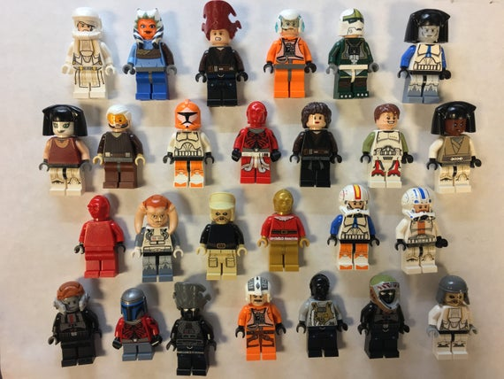 LEGO MINIFIGURES Random Lot of 10 With Accessories minifig