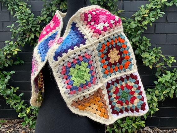 Vintage Square Crochet Cape ~ Wrap ~ Poncho ~ Boh… - image 5