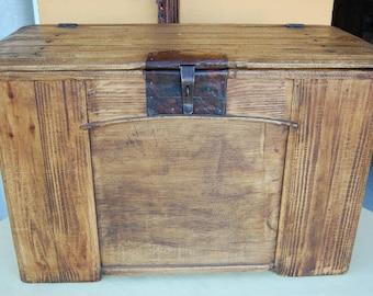 Pine Wood Trunk 65-70 cm long x 38 cm wide x 47 cm high