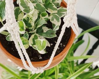 TESSA. Jardinière suspendue, macramé, macramé suspendu, suspension plante,suspension boho, fait au québec,