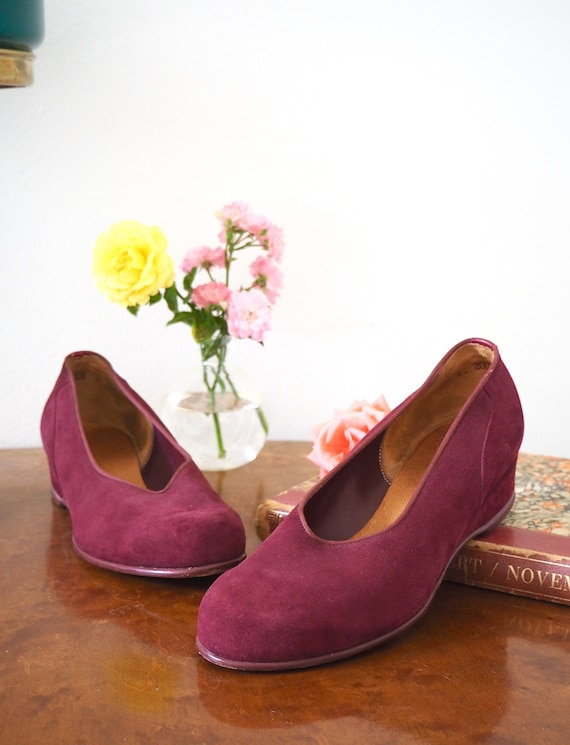 Burgundy 1940s Suede Low Wedges Rare Flats