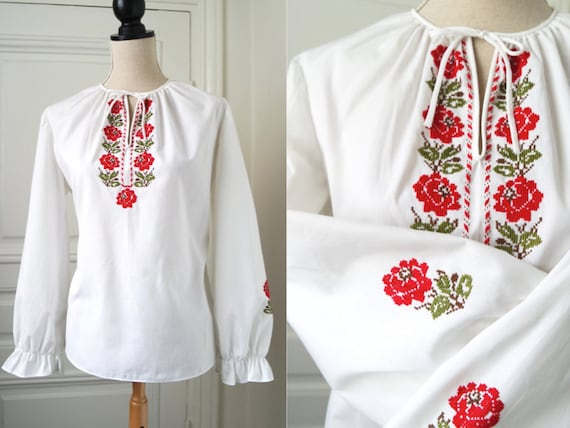 Hungarian Blouse | White with Red Roses | Vintage