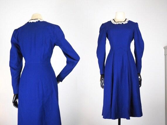 Winter Late 1930s Dark Blue Wool Day Dress | Lace