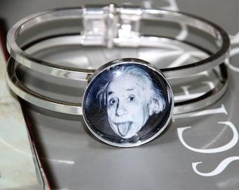 Charles Darwin Bracelet - Scientist Bracelet - Celebrating Science