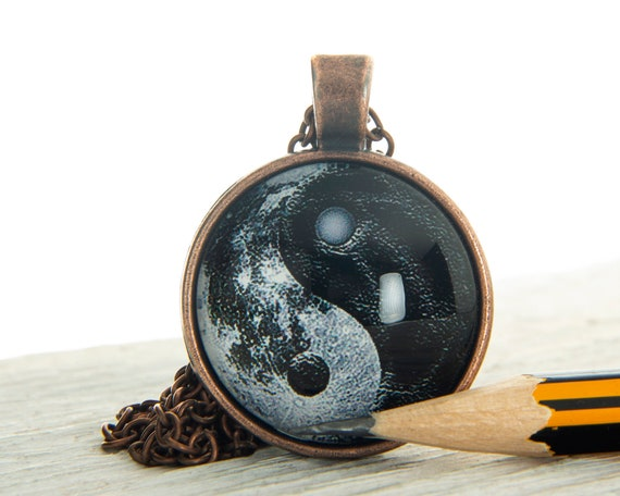Yin Yang Owl Pendant Choker Jewelry Bronze Moon Necklace For Women Dres