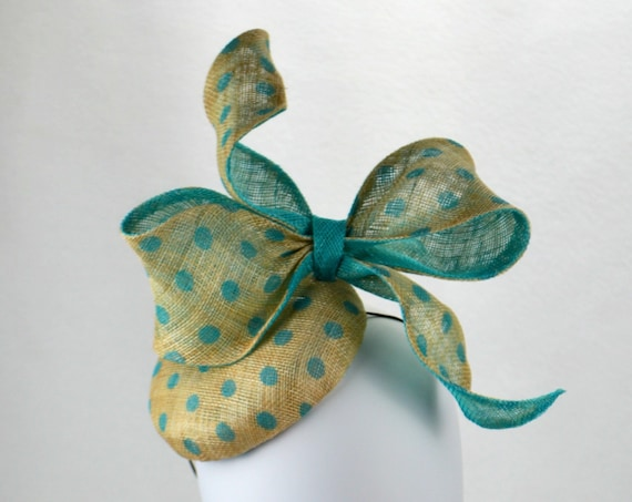 VIENNA Aqua Kentucky Derby Fascinator.  Turquoise famous hat luncheon or Afternoon tea hat. Cyan Wedding or Bridal Shower Fascinator