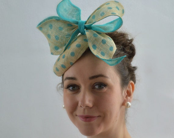 Ready to ship - WHIMSY Aqua Kentucky Derby Fascinator.  Turquoise famous hat luncheon or Afternoon tea hat.  Bridal Shower Fascinator