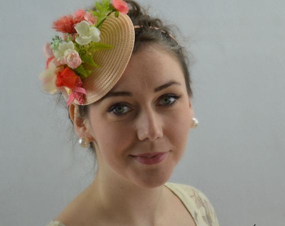 GARDEN PARTY - Peach & Coral flower fascinator.  Kentucky Derby Hat, Afternoon tea or Wedding or Shower Fascinator with a vintage look.
