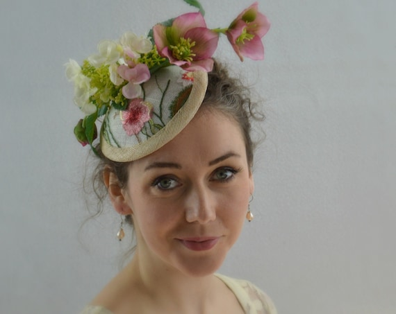 18a8a49a554bd ... Parties  125.00 AFTERNOON TEA Pink Fascinator Hat