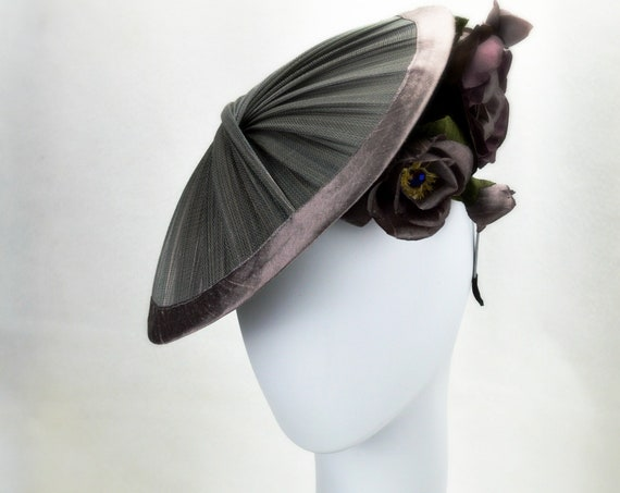 MILAN Haute Couture Mauve Gray silk Kentucky Derby Hat for women. New York Famous Hat Luncheon Hat.  Grey Royal Ascot Fascinator. Church Hat