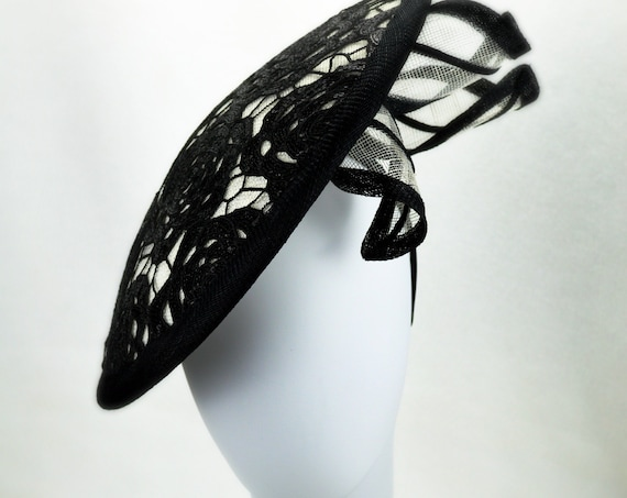 DRAMATIC Black and White Melbourne Cup or Kentucky Derby Hat for women.  Kate Middleton style Wedding, Famous Luncheon or Church fascinator.