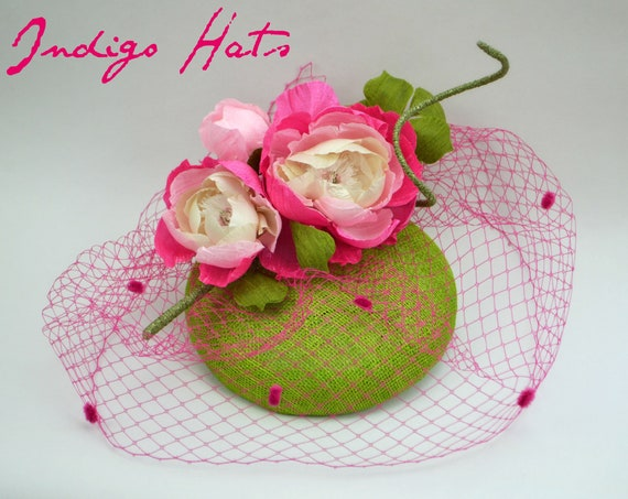 CHIC Pink & Green Fascinator - Mother of the Bride or Kentucky Derby hat.  Womens famous hat luncheon or afternoon tea fascinator