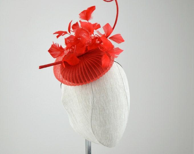 ROUGE - Red Crinolin fascinator